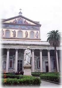 城壁外の聖パウロ大聖堂(ローマ)