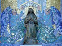 聖ベルナデッタ像(ルルド)
